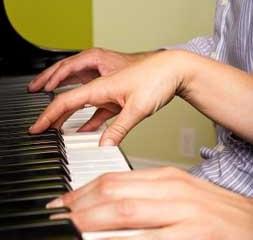 Piano-hands-photo